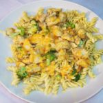 Chicken with Brocoli in Creamy Cheese Sauce
